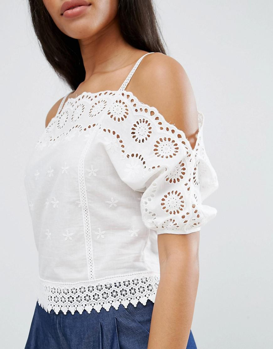 eaadc0787d84f Lyst - Liquorish Liqurosh Crochet Cold Shoulder Cami Top in White