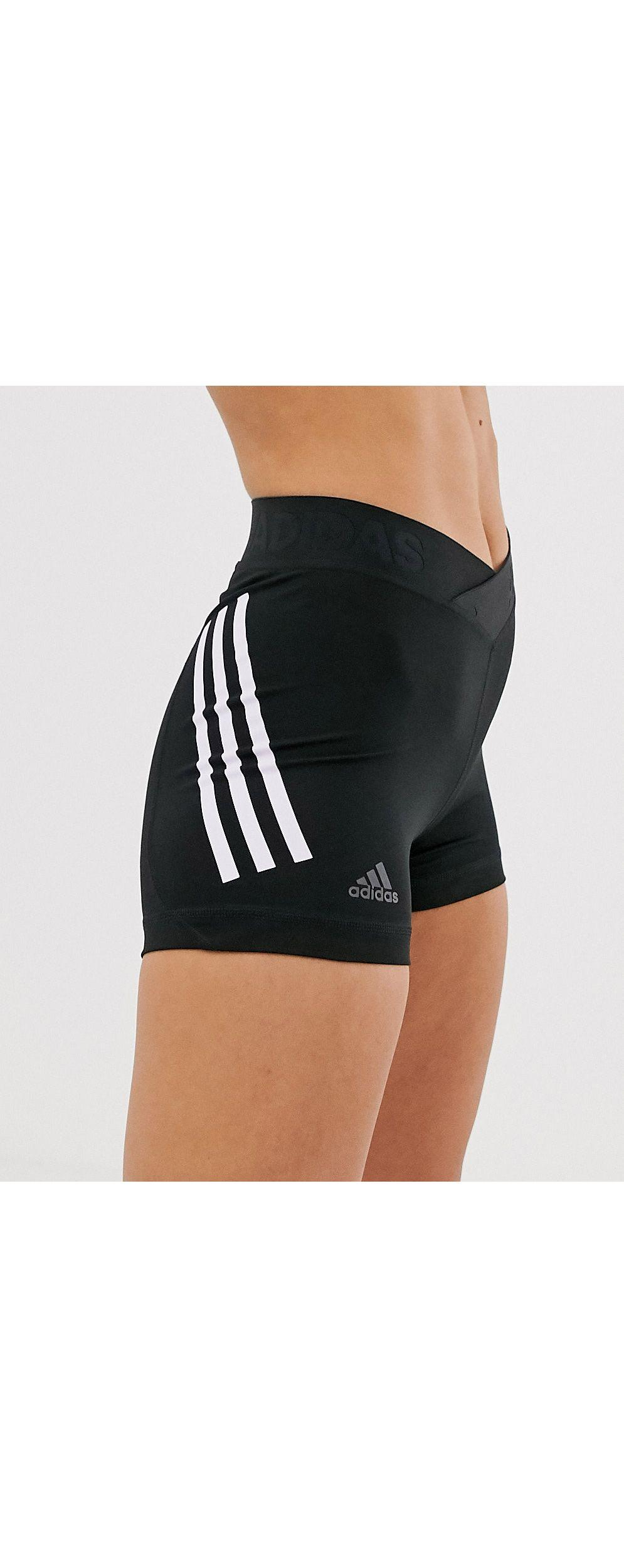 Adidas Training - Short moulant à trois bandes adidas Originals en coloris Noir