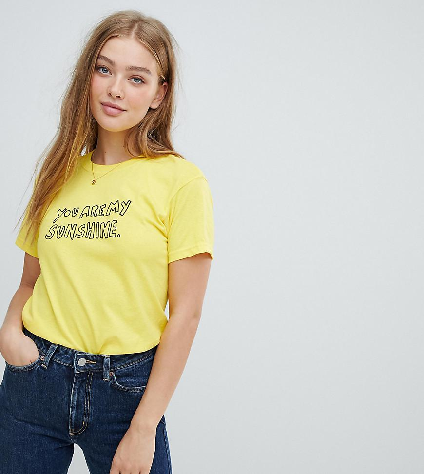 407c897afb5f8 Daisy Street Boyfriend T-shirt With Sunshine Print in Yellow - Lyst