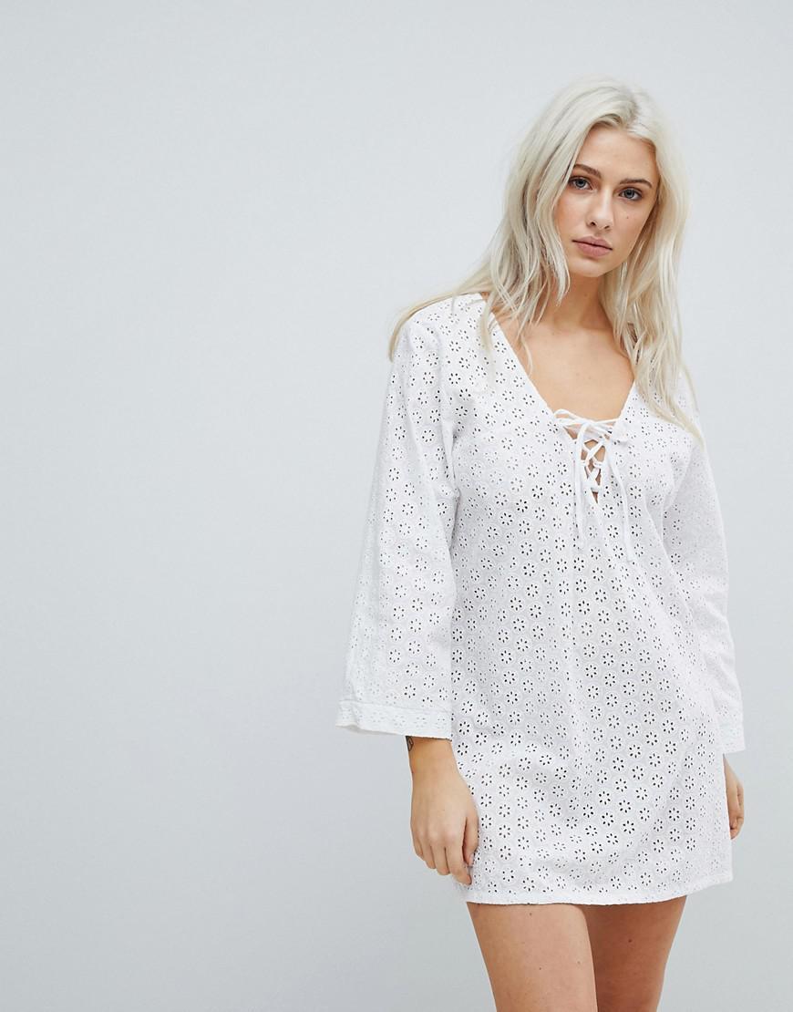151dadb653 Liquorish Crochet Effect Beach Dress in White - Lyst