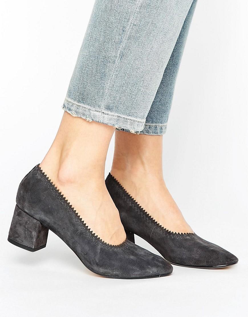 Mango Suede Block Heel Court Shoe