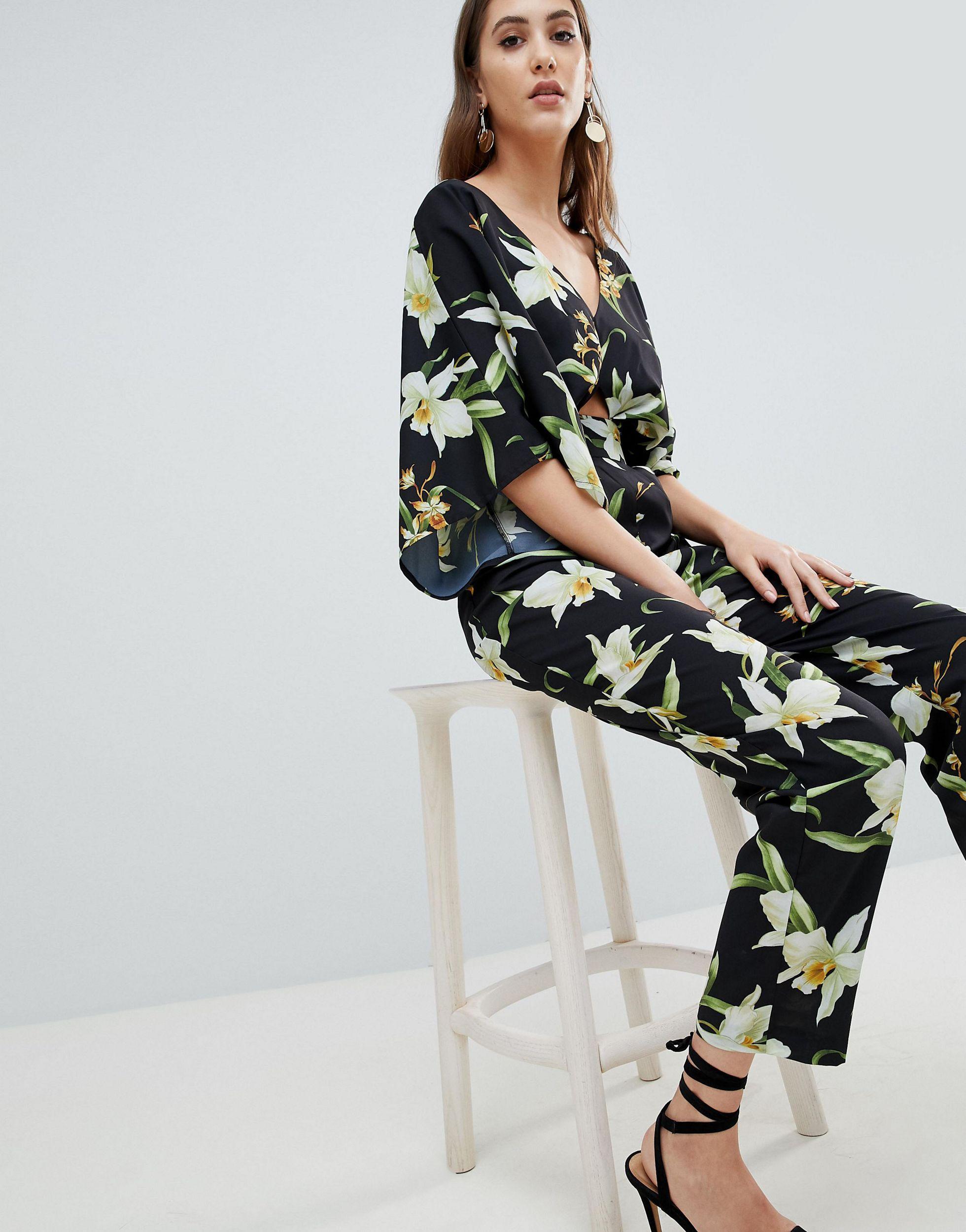 ASOS DESIGN Tall - Combinaison coupe carotte à manches kimono et imprimé lys Jean ASOS en coloris Noir