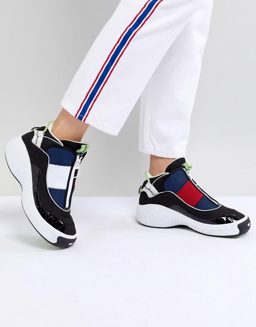 31dfafc35cd Tommy Hilfiger Tommy Jeans 90s Capsule 5.0 Iconic Sneakers in Blue ...