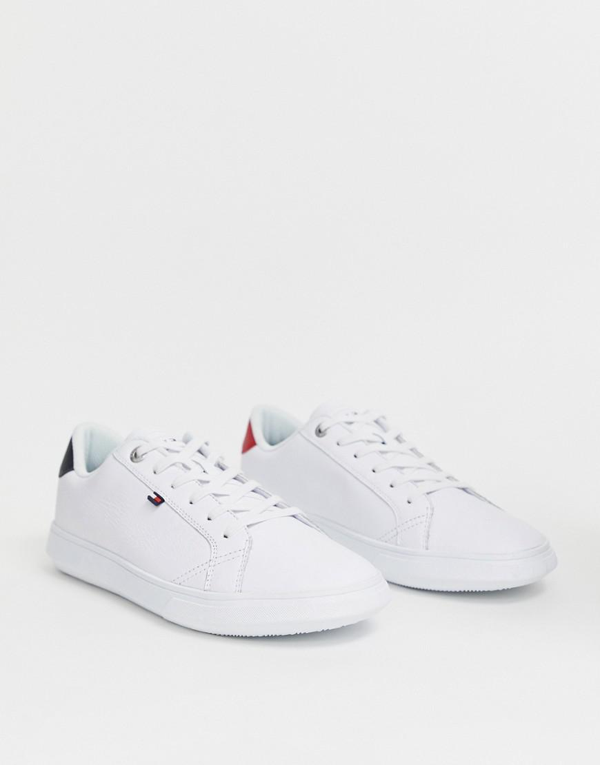 7c556b25c5d Lyst - Tommy Hilfiger Essential Leather Icon Logo Trainer In White ...