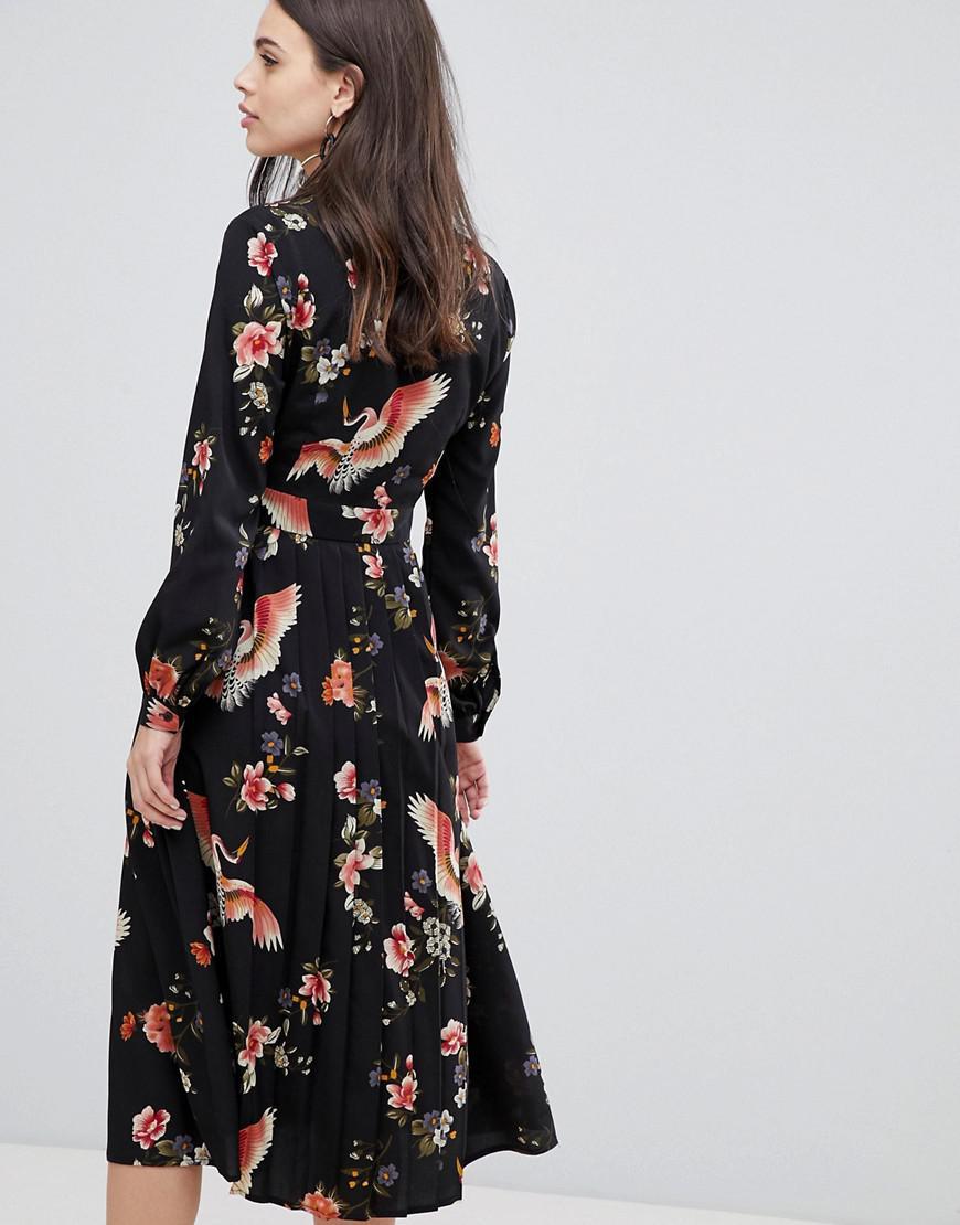 fd5b47132 Liquorish Midi Shirt Dress With Pleated Skirt In Floral Print in Black -  Lyst