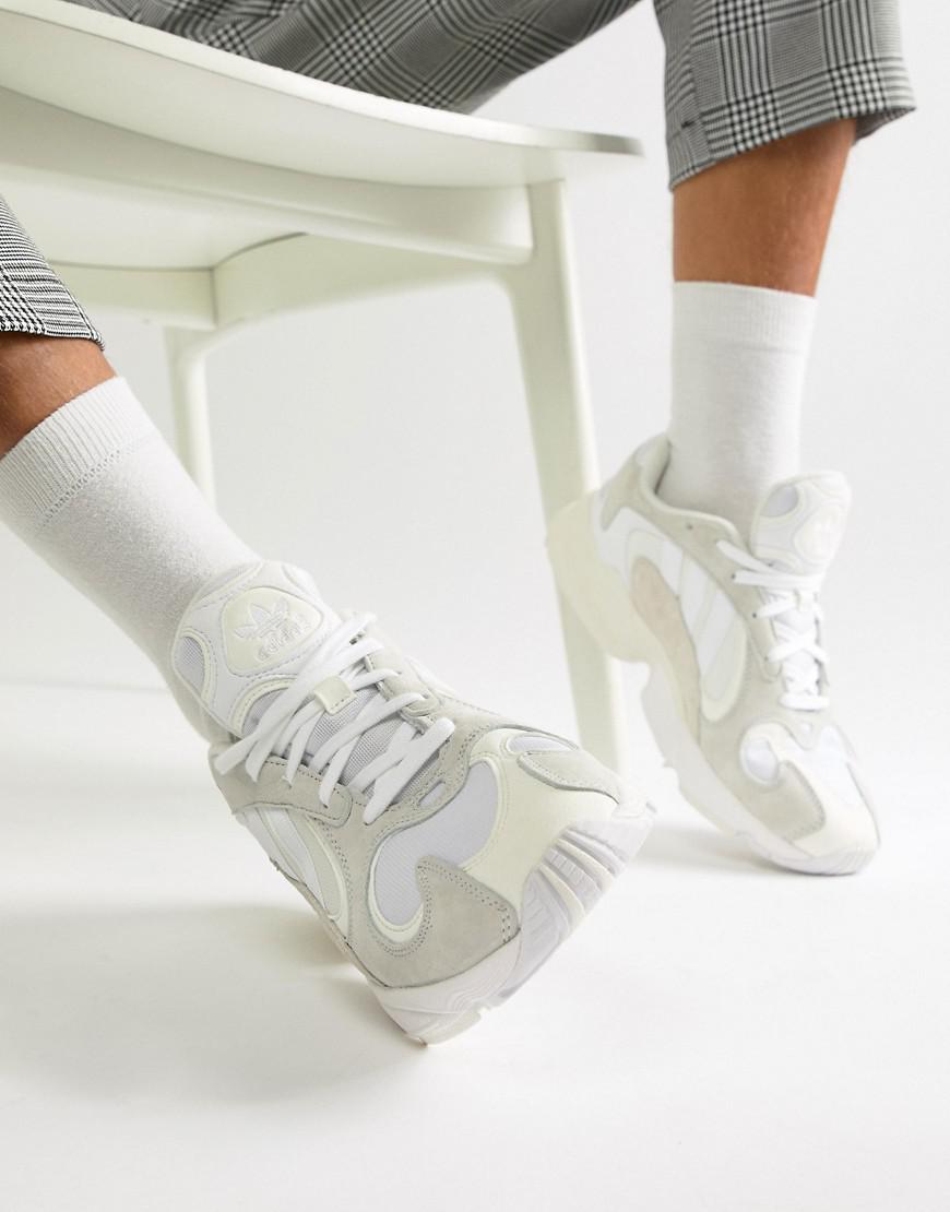 hot sales 7fb83 f293e adidas Originals. Mens Yung-1 Trainers In White B37616