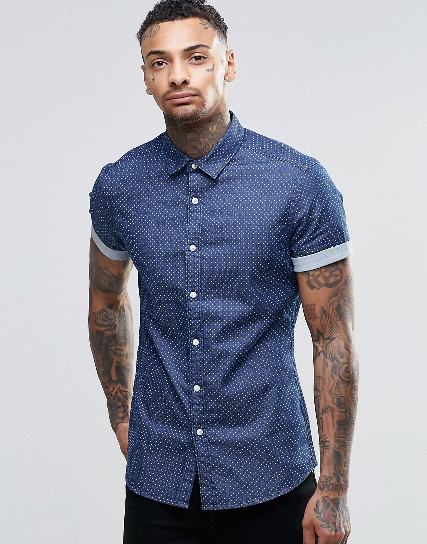 Hugh & Crye is a menswear company that invented a sizing system based on body types. Better fitting dress shirts, designed using the height of the torso and shape of the upper body, for lean and athletically built men. Skinny shirts, slim shirts, athletic shirts, and broad shirts.