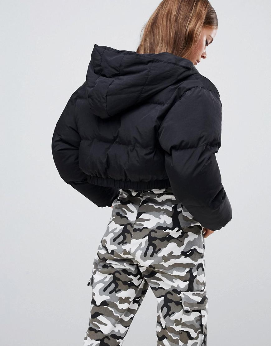 402948e3f55ca Boohoo Crop Hooded Puffer Jacket In Black in Black - Lyst