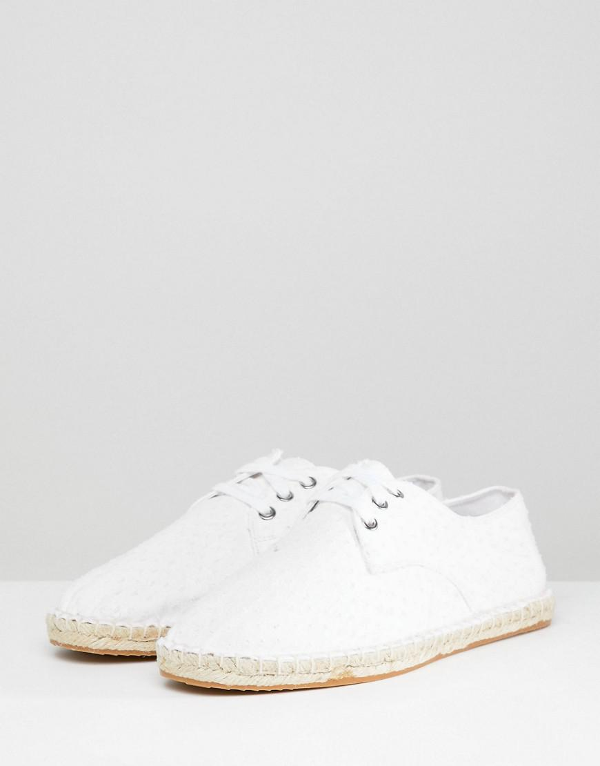 eaeac748347e ASOS Wide Fit Lace Up Espadrilles In White Textured Canvas in White for Men  - Lyst