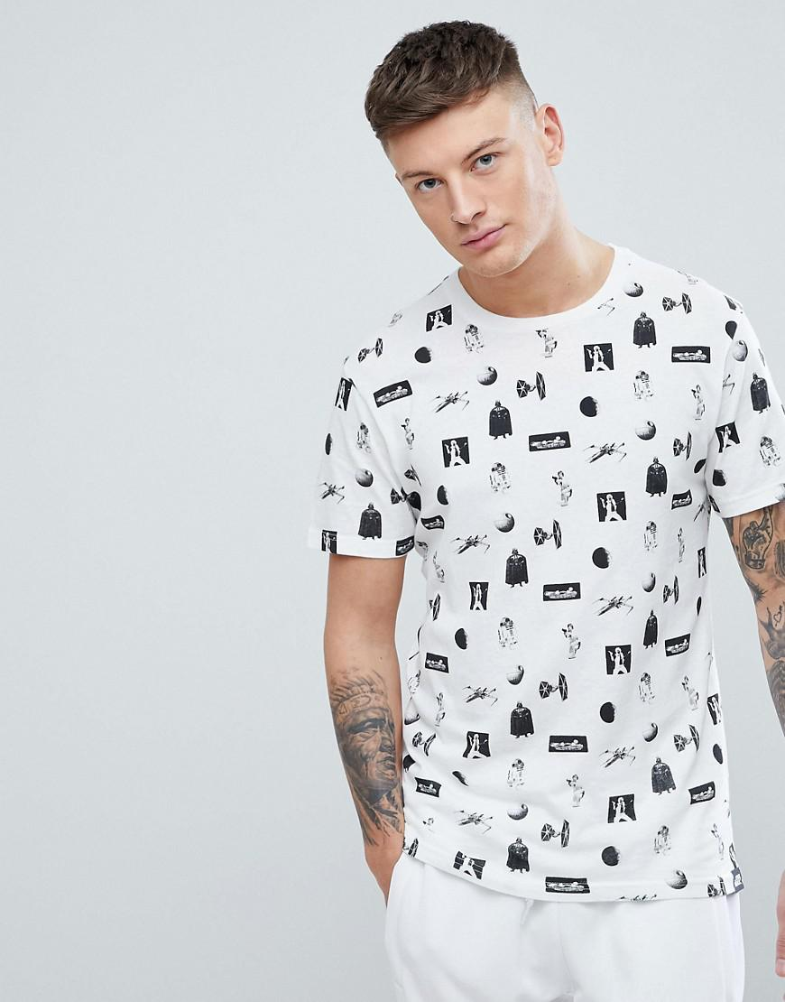 63892373 Pull&Bear All-over Star Wars Print T-shirt In Black And White in ...