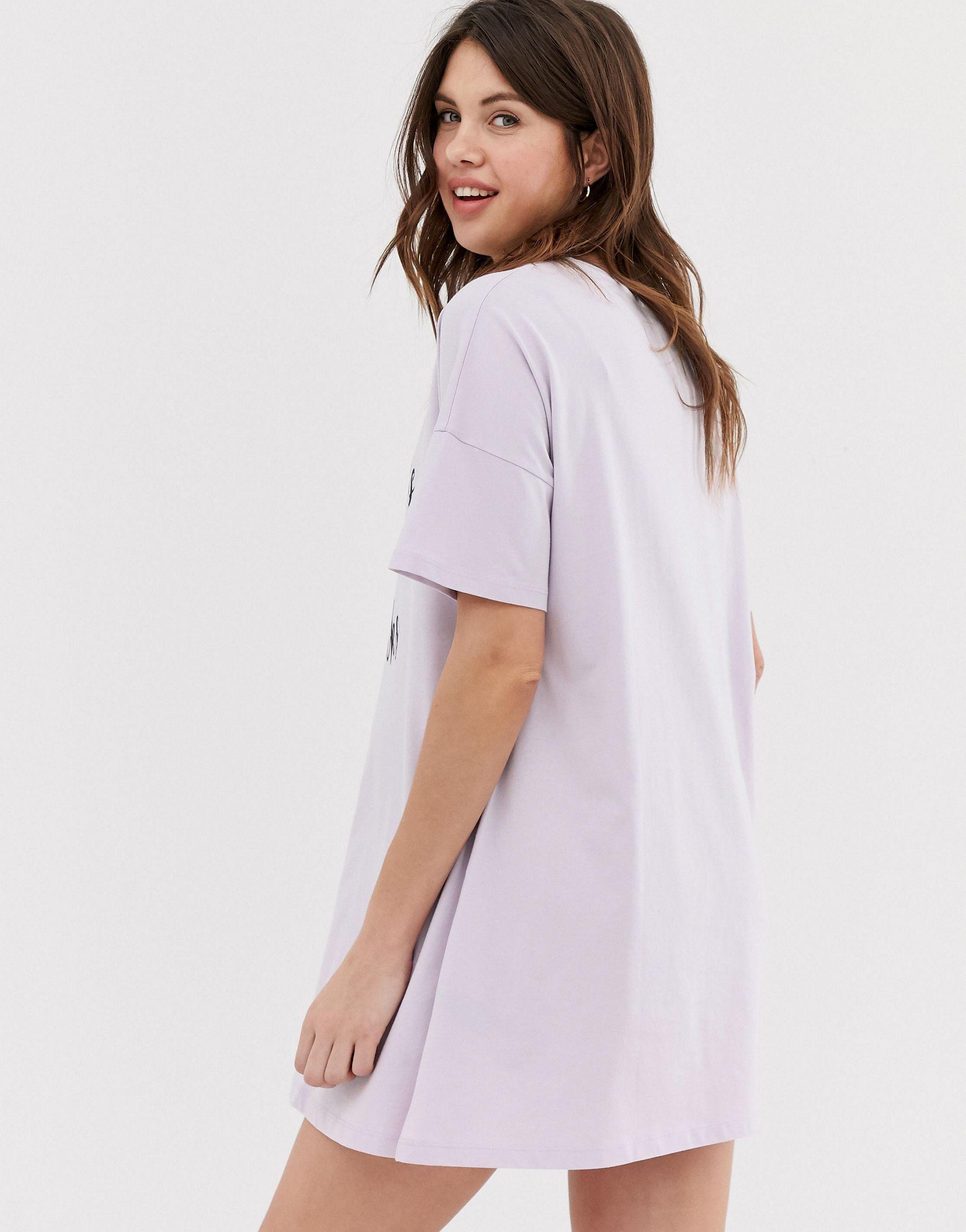 ASOS DESIGN Maternity - Chick flicks & baby kicks - T-shirt Coton ASOS en coloris Rose