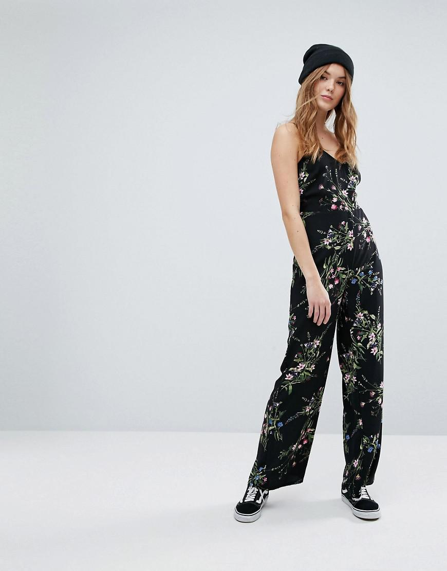 f2203332523 New Look Floral Strappy Jumpsuit in Black - Lyst