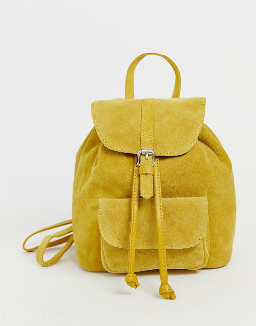 1cfc315556 Mini sac dos en daim avec poche ASOS en coloris Jaune - Lyst