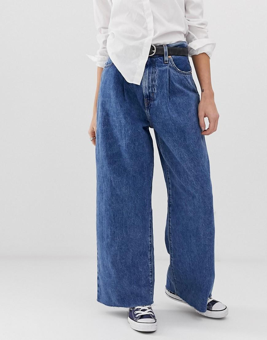 b17164ef Levi's Ribcage Pleat Front Wide Jean in Blue - Lyst