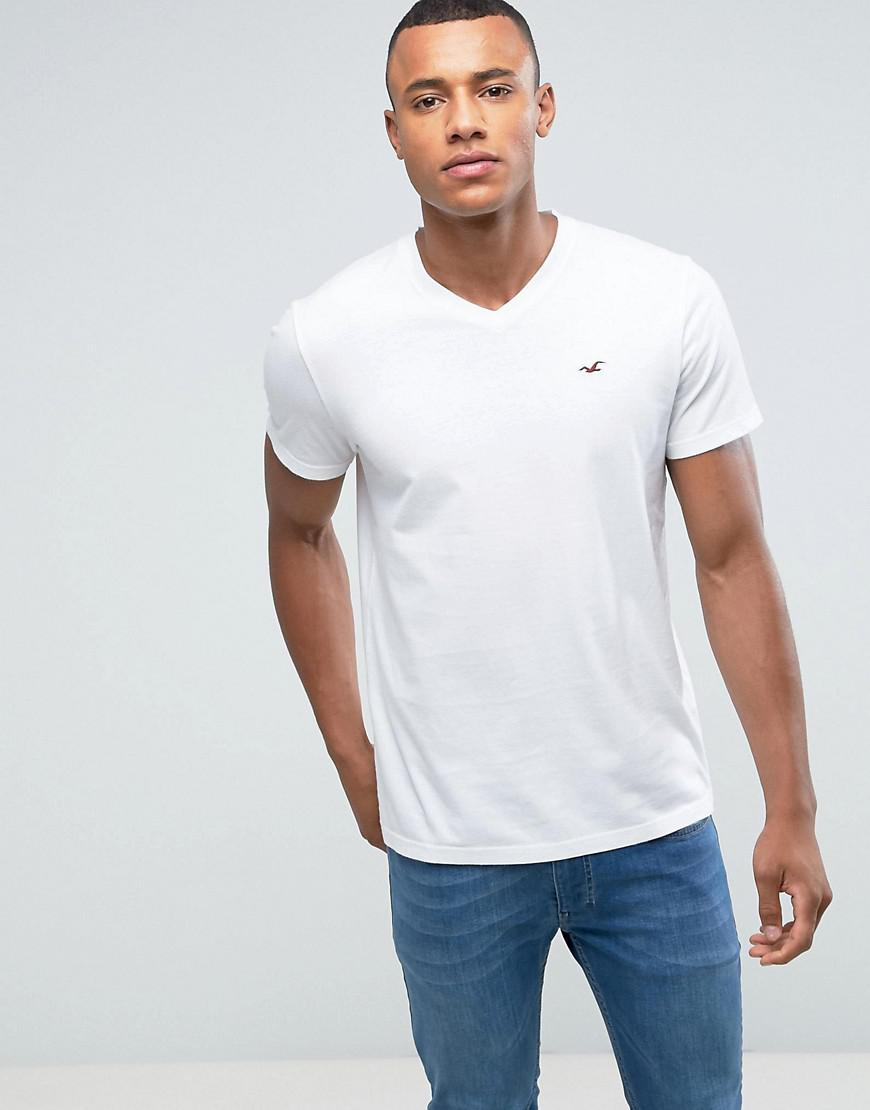 d6ff2ff4e30c Hollister V-neck T-shirt Slim Fit Icon Logo In White in White for ...