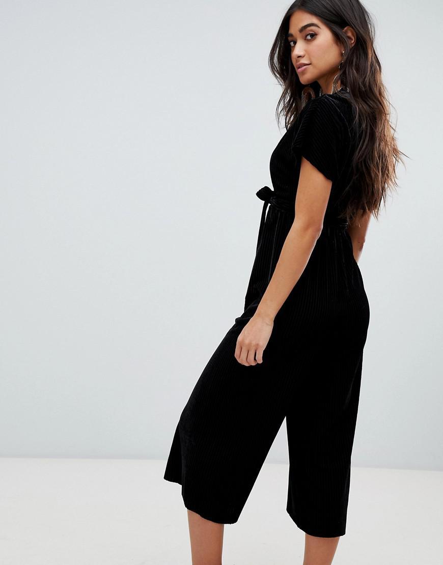 21343621366 Lyst - New Look Velvet Wrap Jumpsuit In Black in Black