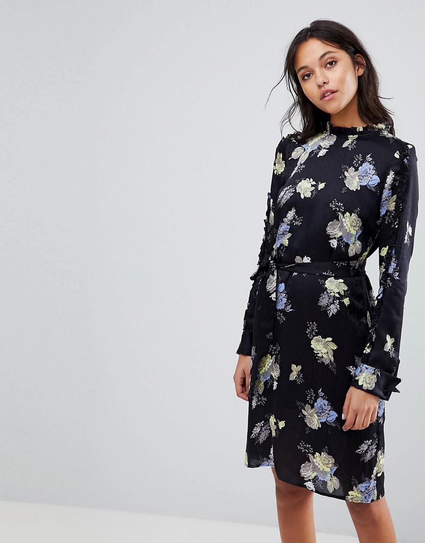 6add6a112e9 Gestuz Flower Printed Dress With Frill Neck - Lyst