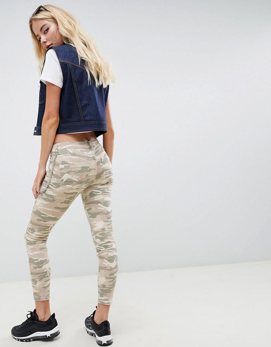 ASOS Denim Asos Whitby Low Rise Skinny Jeans In Camo Print With Detachable Chain in Green