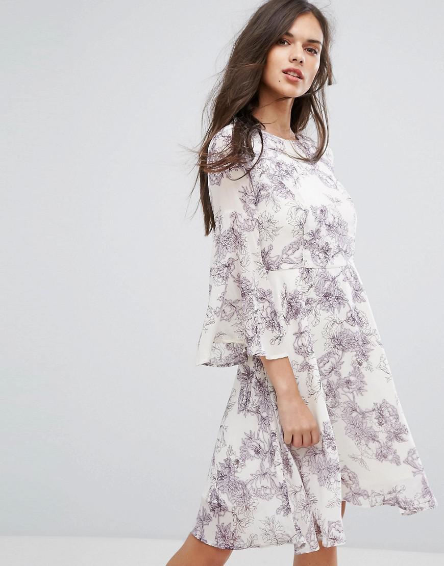 Lyst - Y.A.S Pallida Trumpet Sleeve Floral Print Dress 98449a9ad