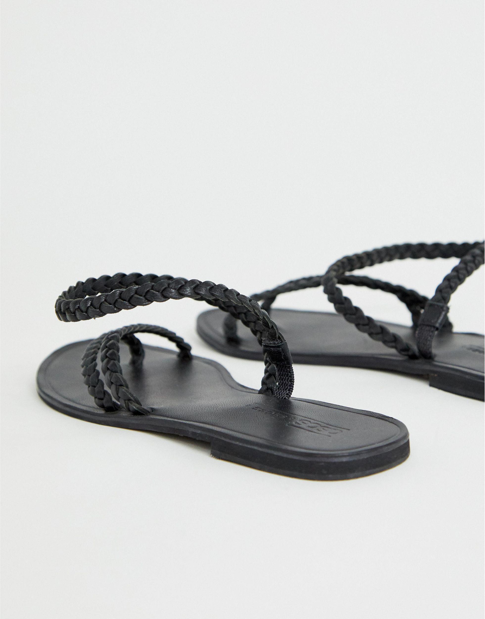 Forecast - Sandales plates asymétriques en cuir Cuir ASOS en coloris Noir