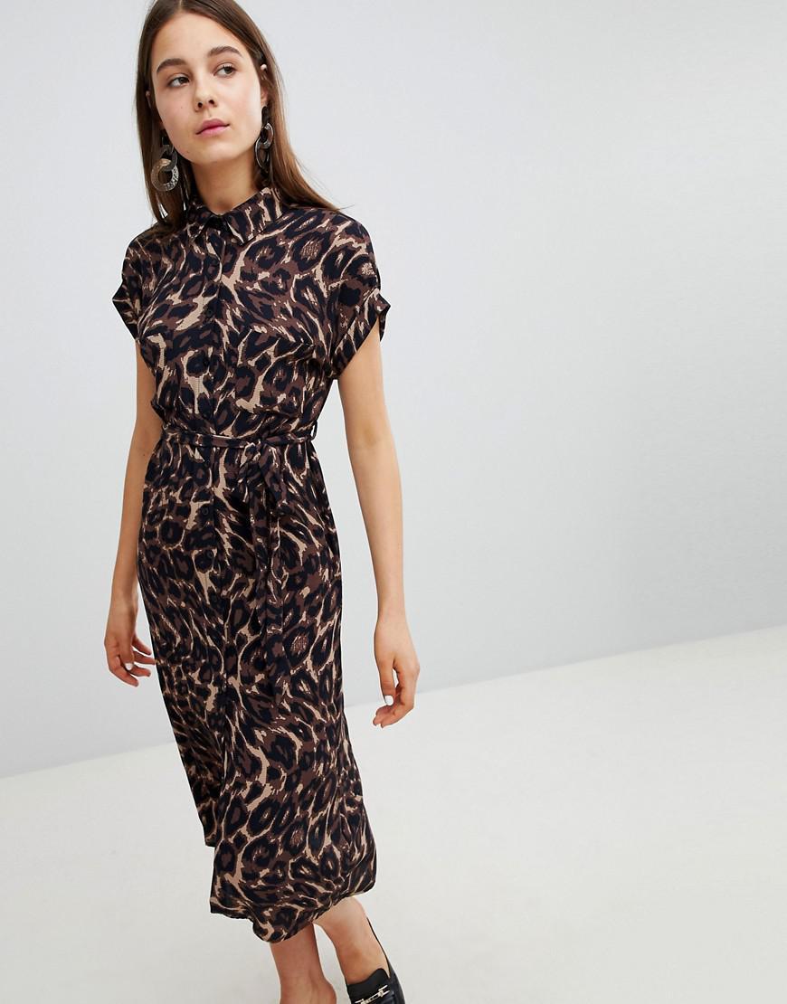 8fa132d2078f7 Lyst - New Look Leopard Print Midi Shirt Dress in Black