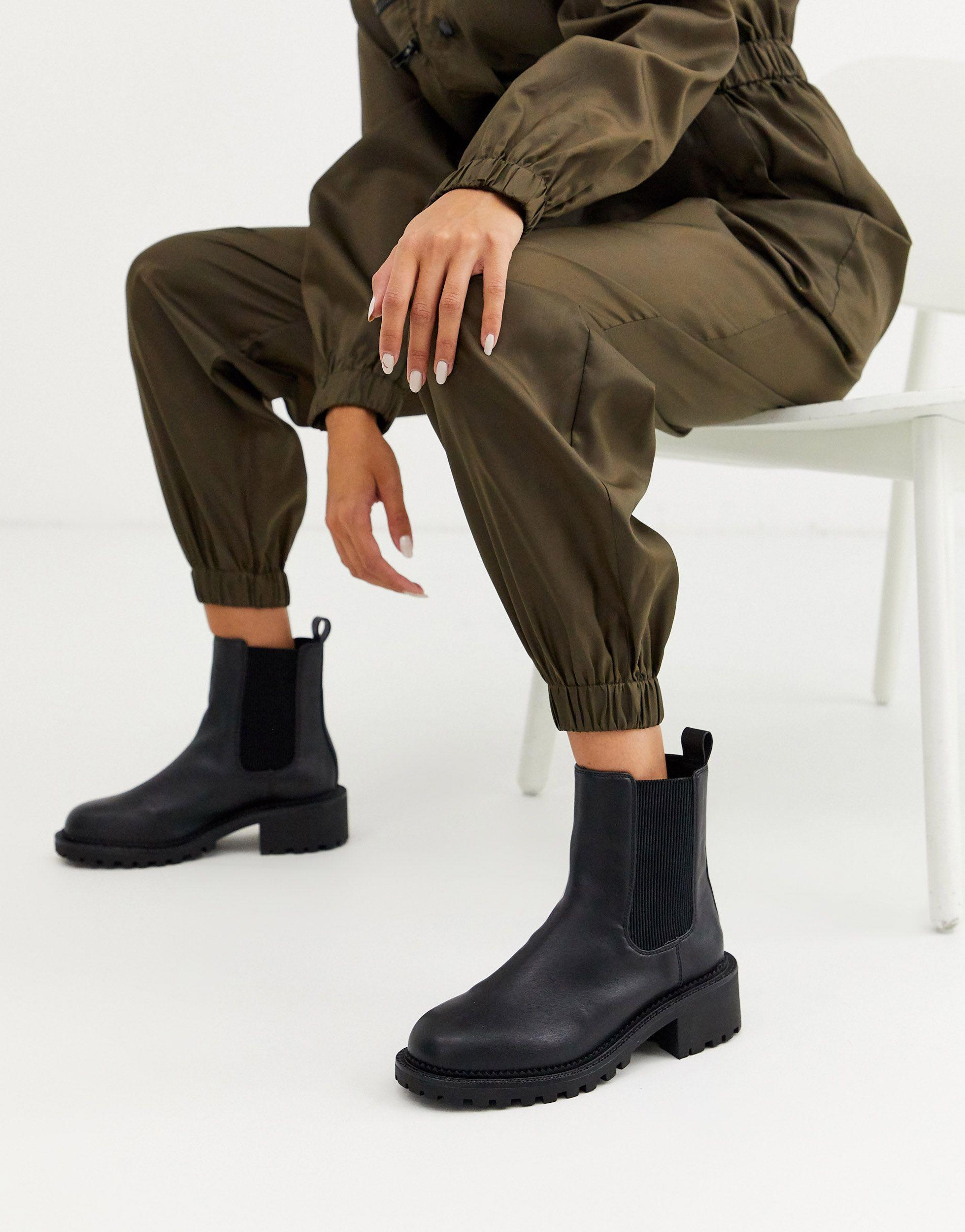 Action Chunky Chelsea Boots in Black