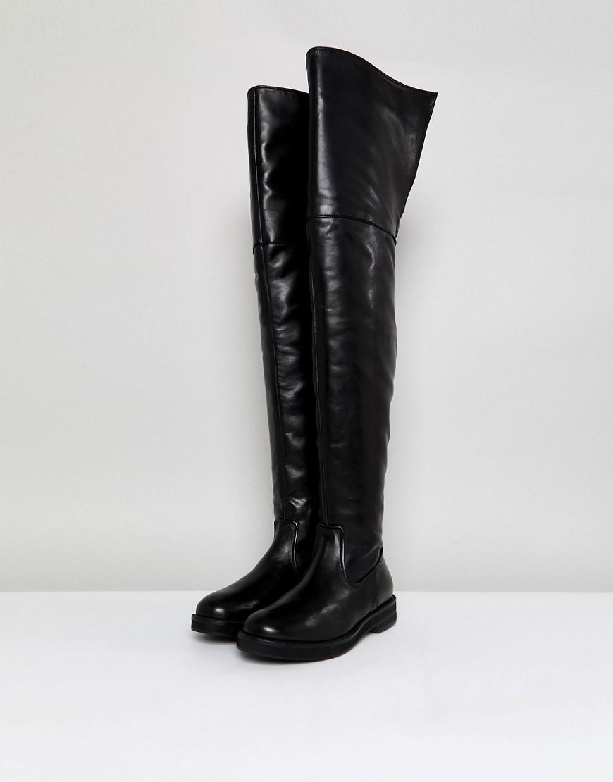 b46bc1fa5bd Lyst - Mango Leather Flat Knee High Boot in Black
