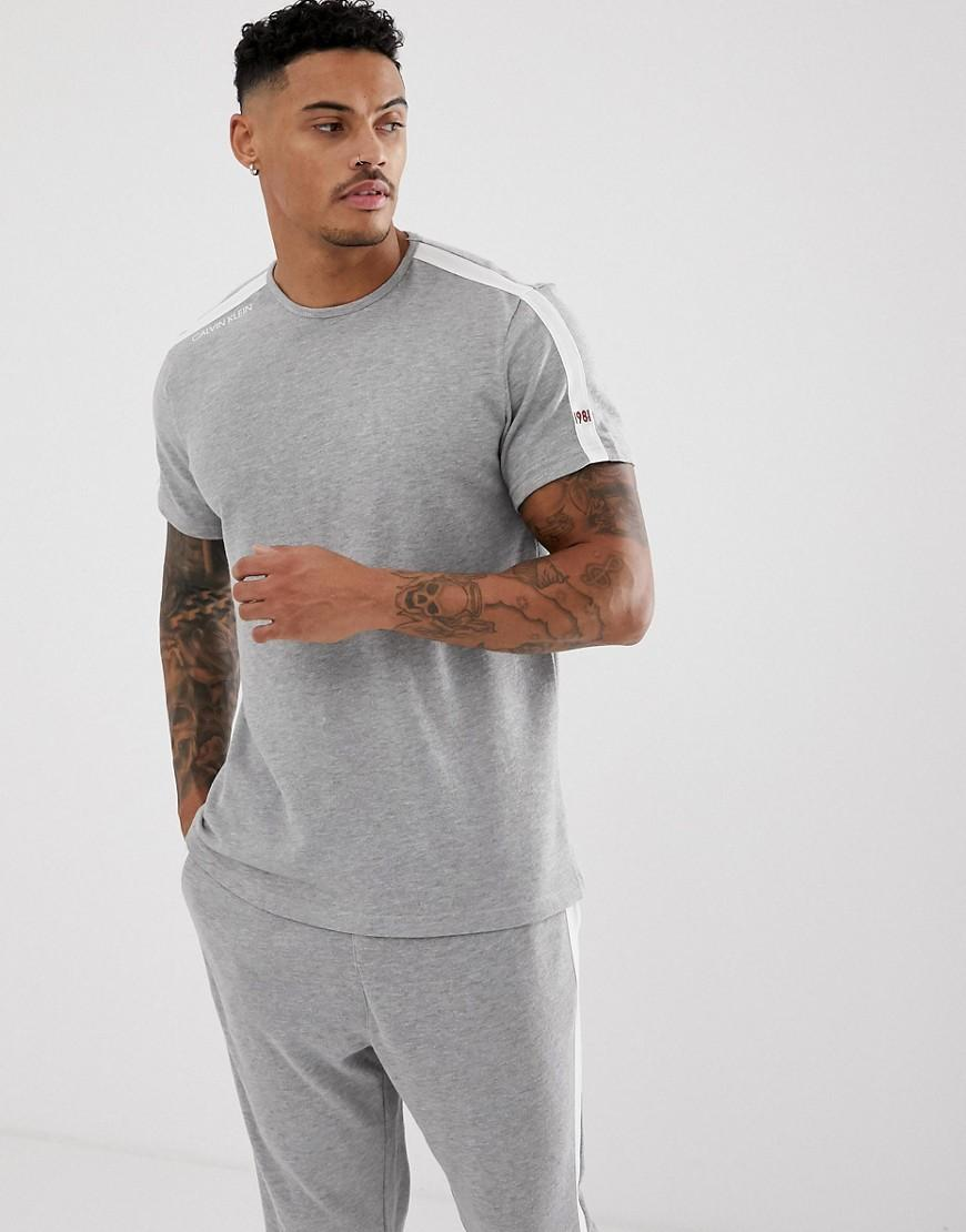 3fb82590b7 Calvin Klein Statement 1981 Crew Neck T-shirt In Grey Marl in Gray ...