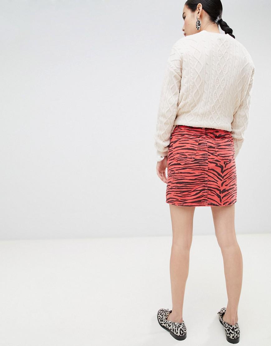 e8c1fd919f Lyst - New Look Animal Print Denim Mini Skirt in Red