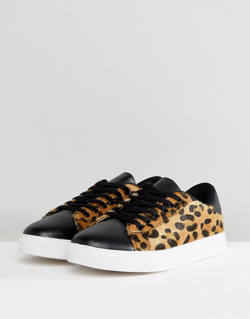 Truffle Collection Clean Leopard Sneaker in Beige (Natural)