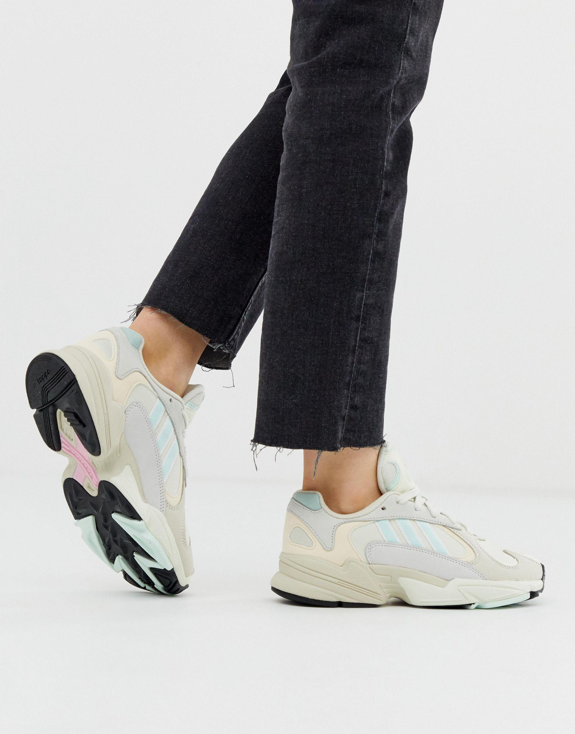 adidas Originals Leather Yung-1 Trainers in White - Lyst