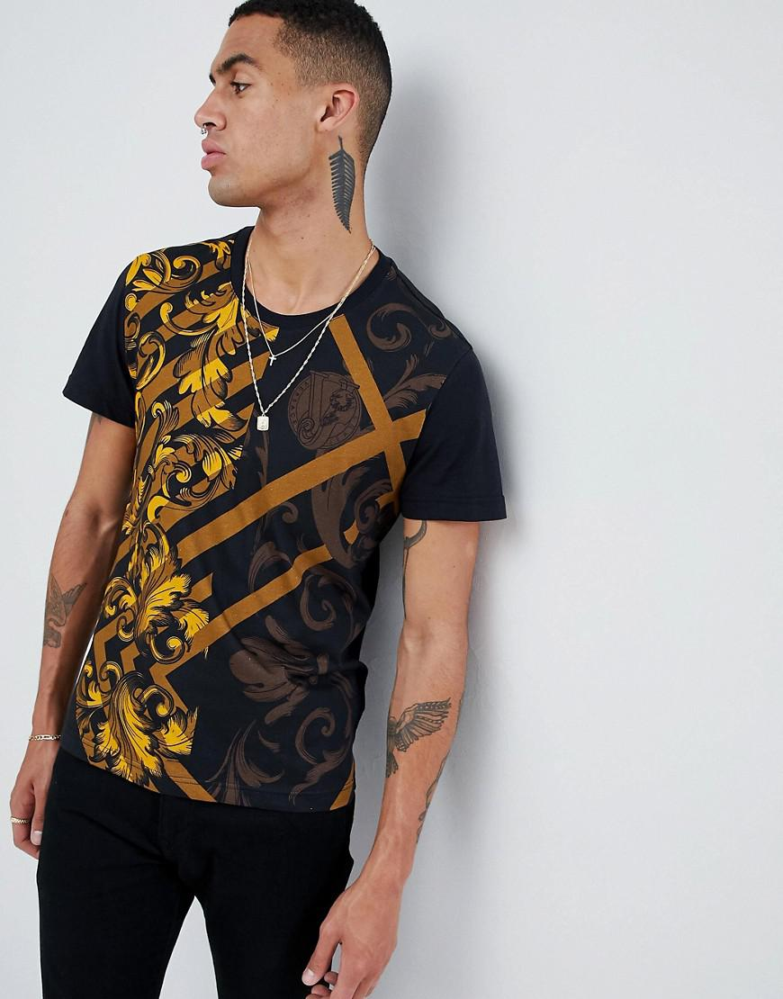 876d84d8 Versace Jeans T-shirt With All Over Baroque Print in White for Men ...