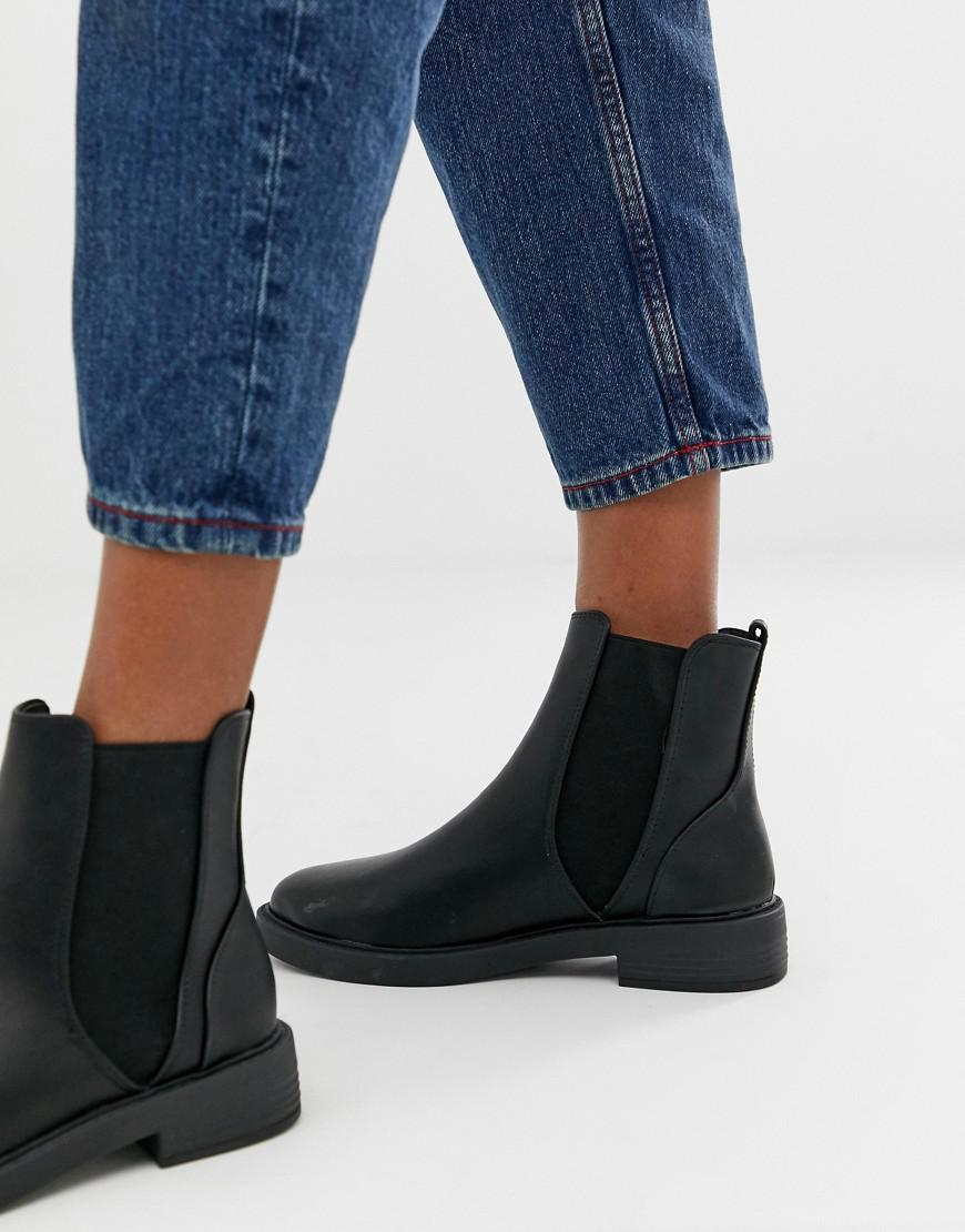 4746aff1ad72 Lyst - New Look Flat Chunky Chelsea Boot in Black