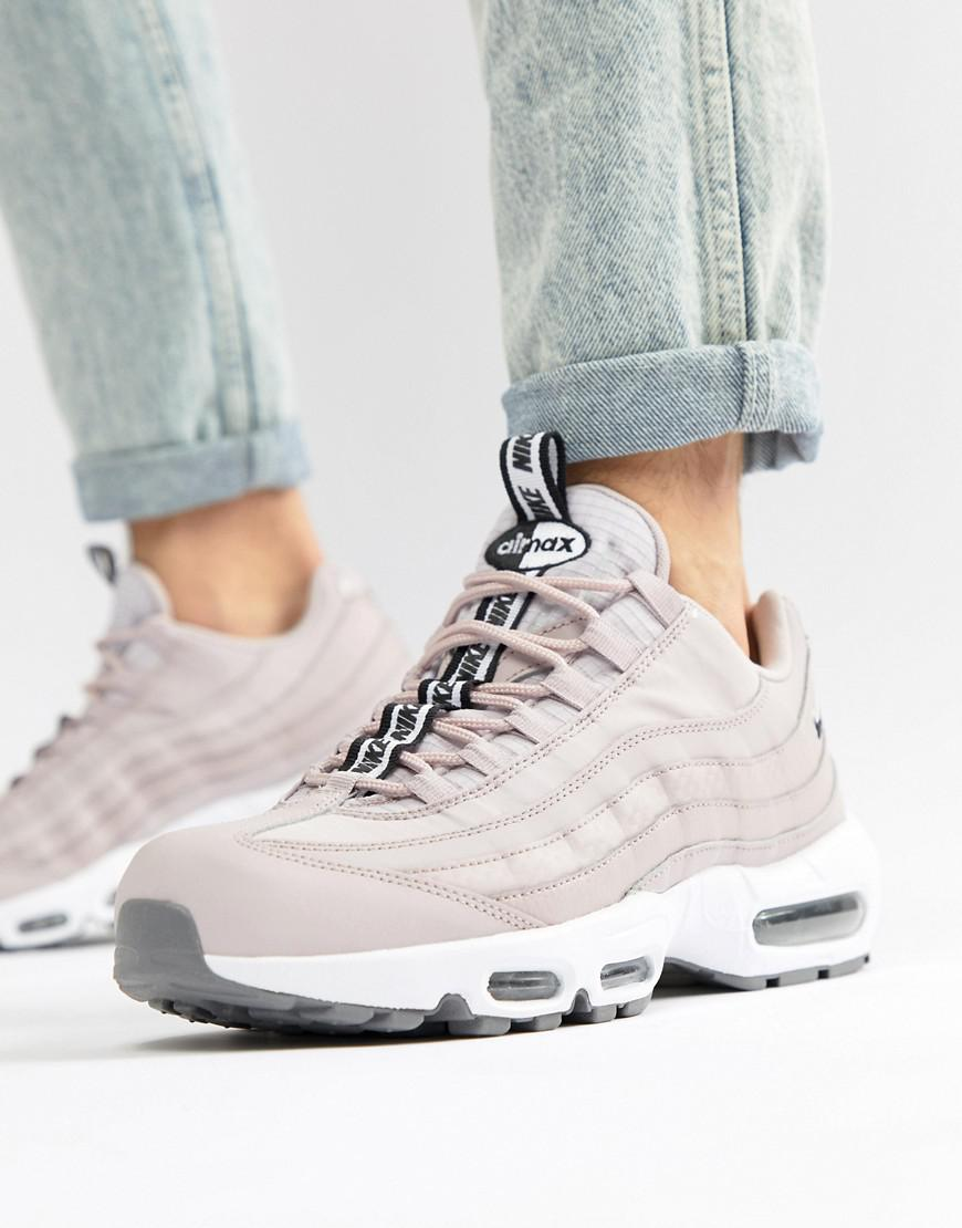 first rate 11e49 6010d Gallery. Previously sold at ASOS · Womens Nike Air Max ...