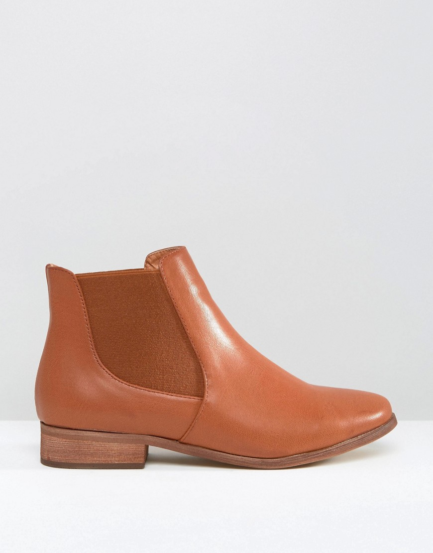 rebel classic flat chelsea boots in brown lyst