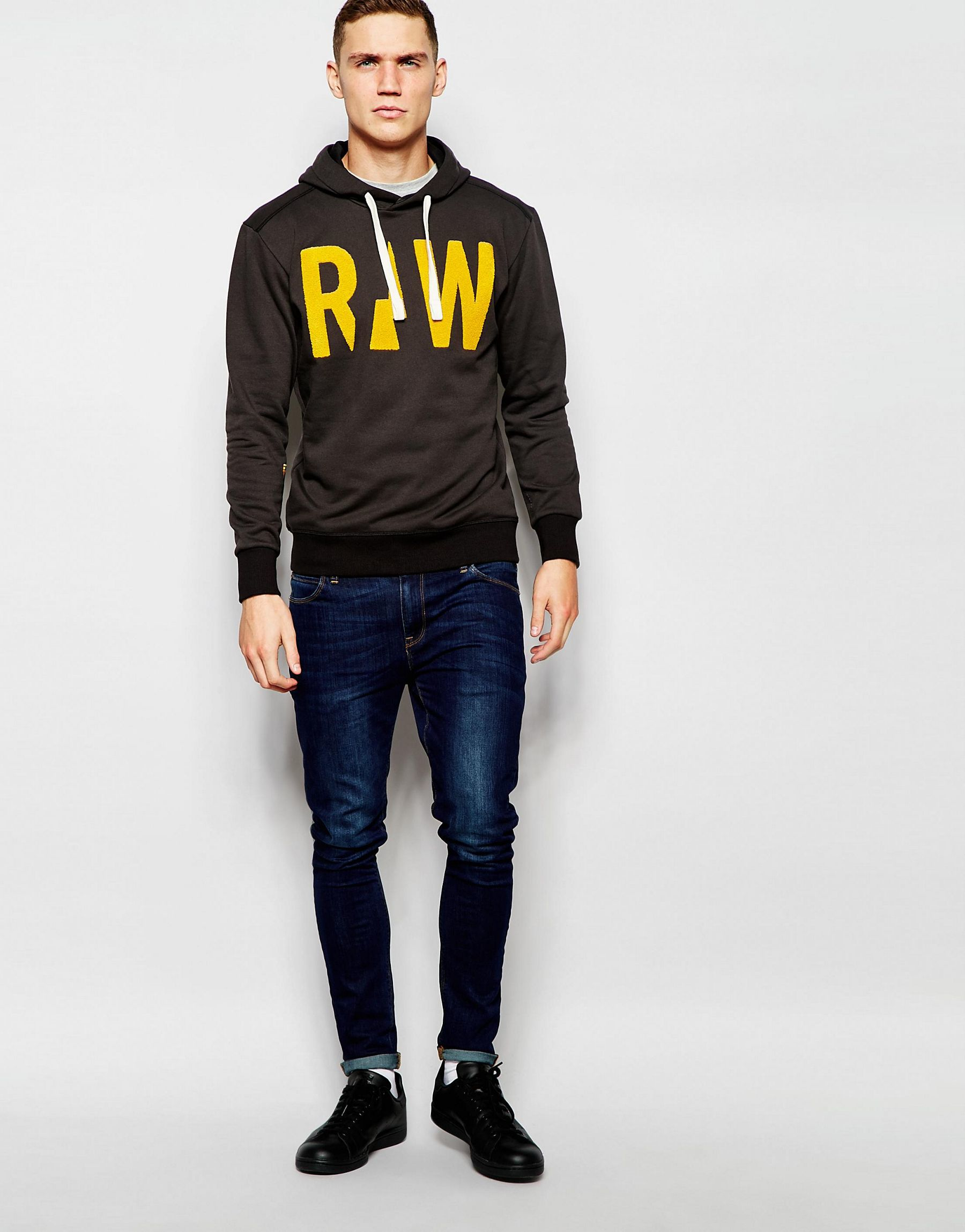 g star raw hoodie grount large raw logo in raven in gray. Black Bedroom Furniture Sets. Home Design Ideas