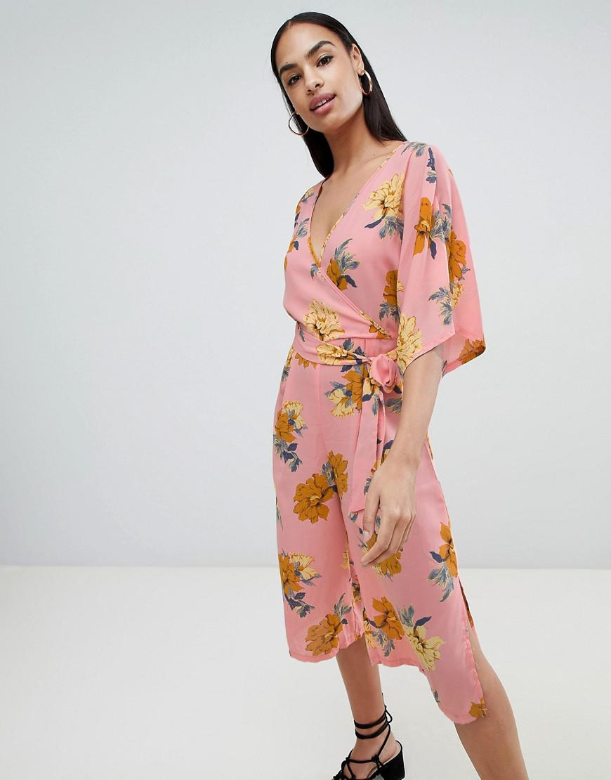 490b66b7d1eb Prettylittlething Kimono Sleeve Jumpsuit In Pink Floral in Pink - Lyst