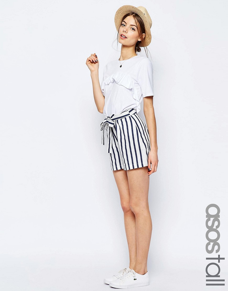 Women's ASOS Shorts Becoming one of the largest and must trusted fashion retailers is certainly a prize to hang on the mantel. But it didn't take ASOS long to transition from selling to designing.