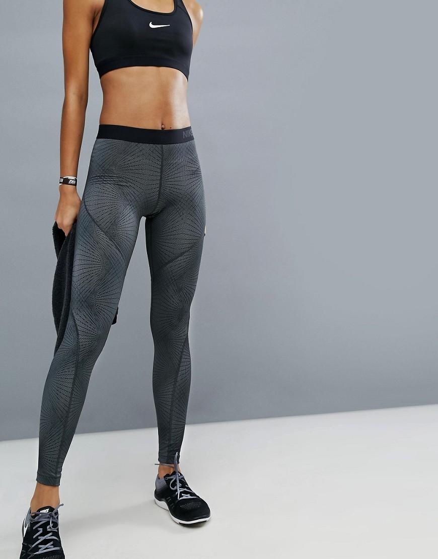 nike linear printed leggings in grey in gray lyst. Black Bedroom Furniture Sets. Home Design Ideas