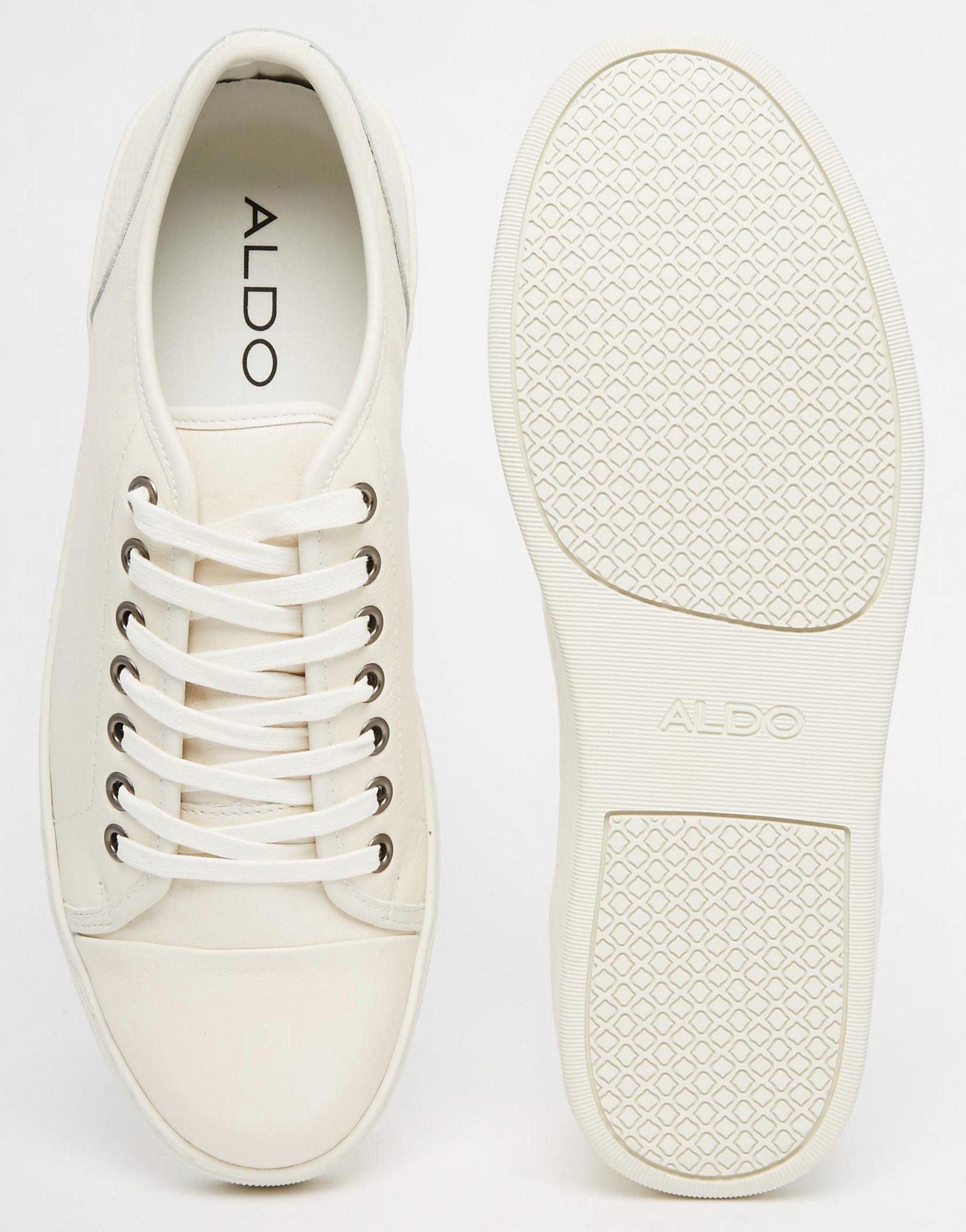 Gelassa White Shoes