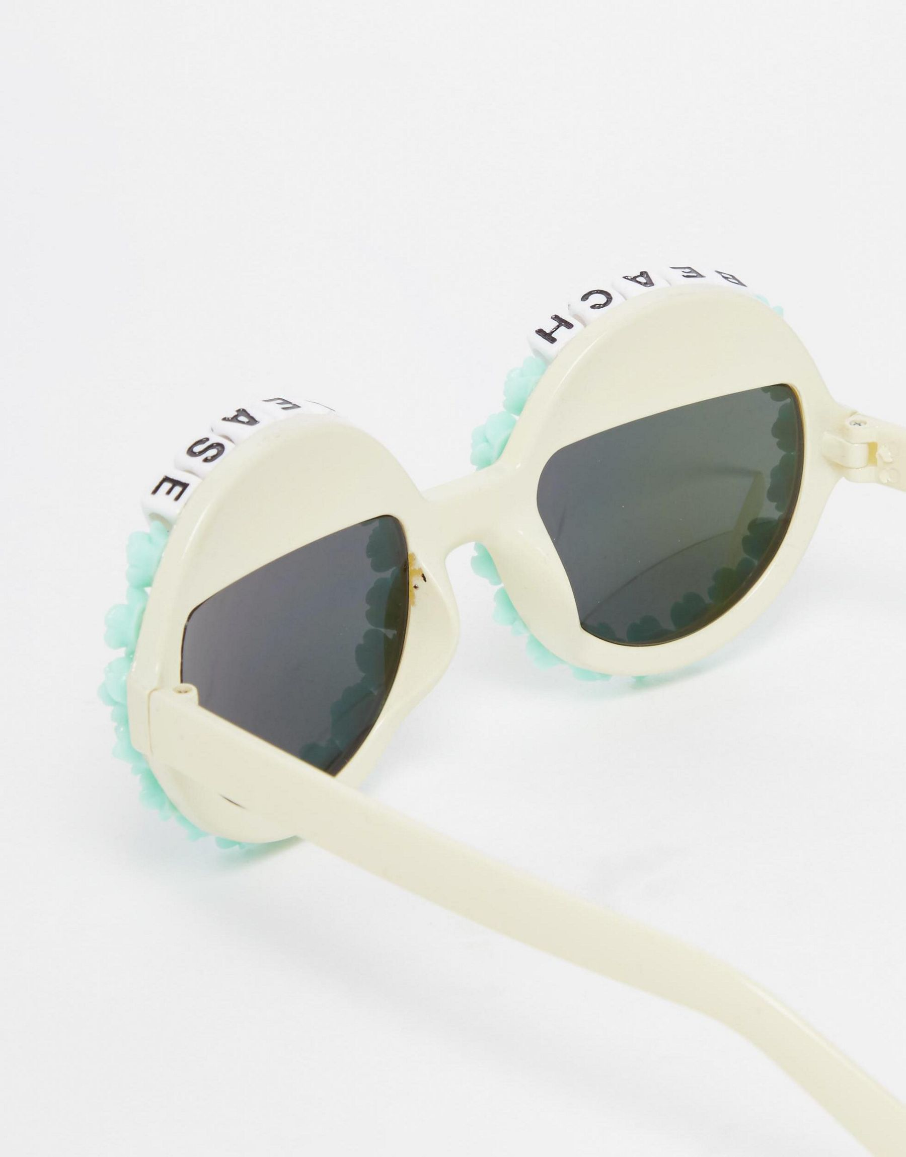 Lyst Rad Amp Refined Beach Please Round Sunglasses With