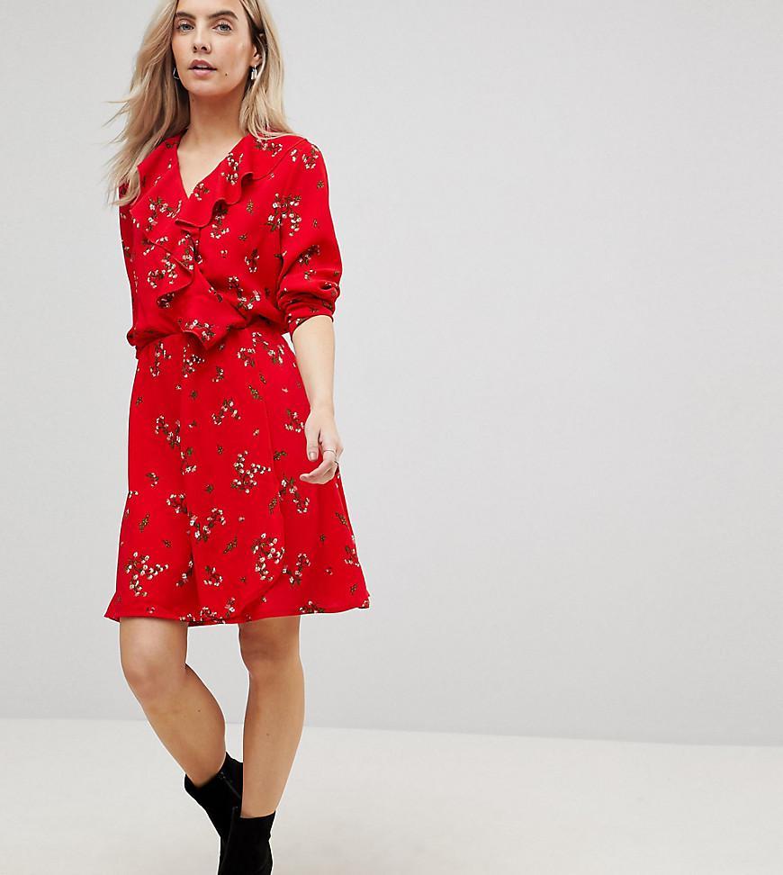 052ba37b2a59 Vero Moda Floral Printed Mini Tea Dress In Red in Red - Lyst