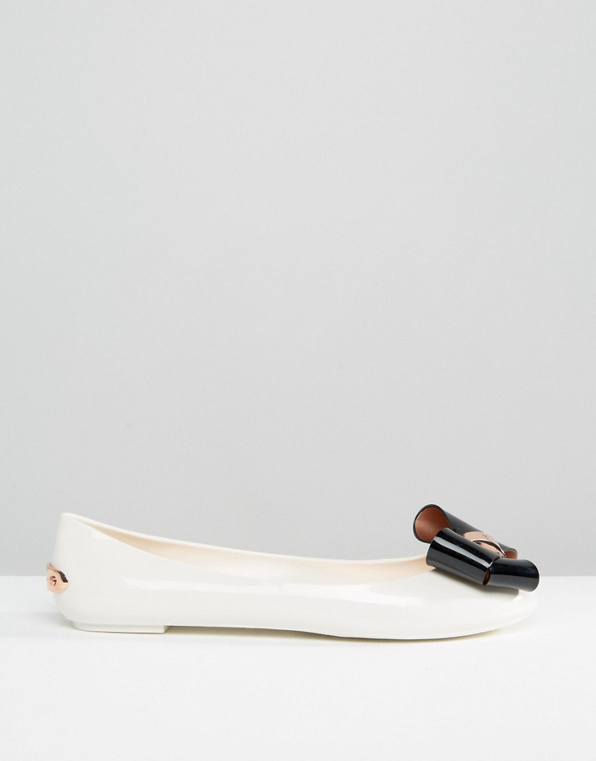 d52e9bdb405f9 Lyst - Ted Baker Cream black Faiyte Bow Jelly Shoes in Natural
