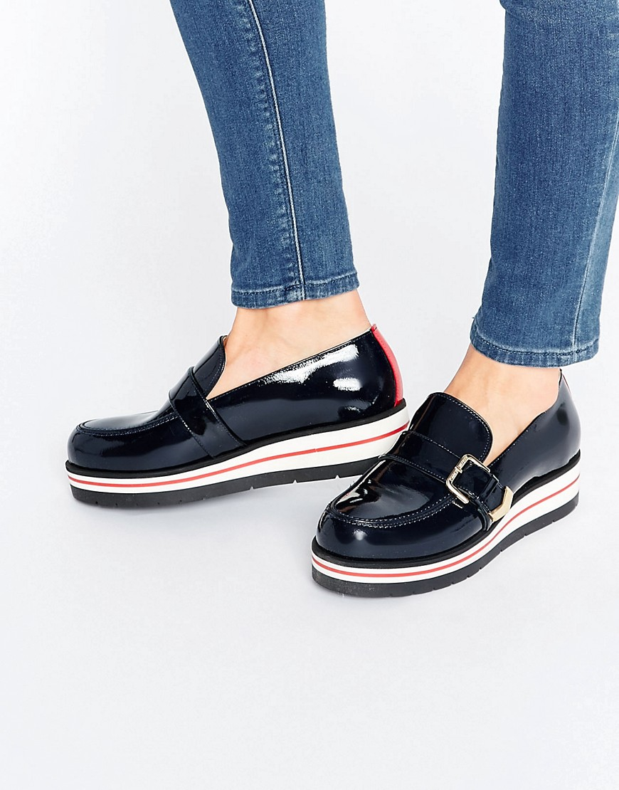 d5b908cfd Leather Shoes Flatform Moccasin Hadid Gigi Hilfiger Lyst Tommy wxZYq0vvI