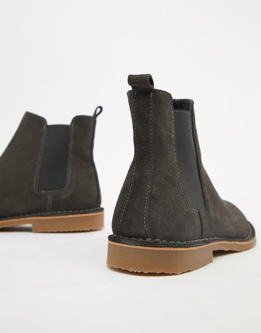 Iberian Chelsea Boots In Grey Suede