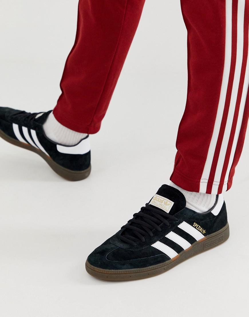 detailed look 63f59 c1bcf adidas Originals. Men s Handball Spzl Trainers Black With Gum Sole