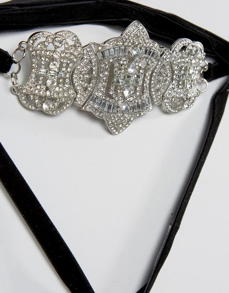 New Look Velvet Deco Wrap Choker Necklace in Black