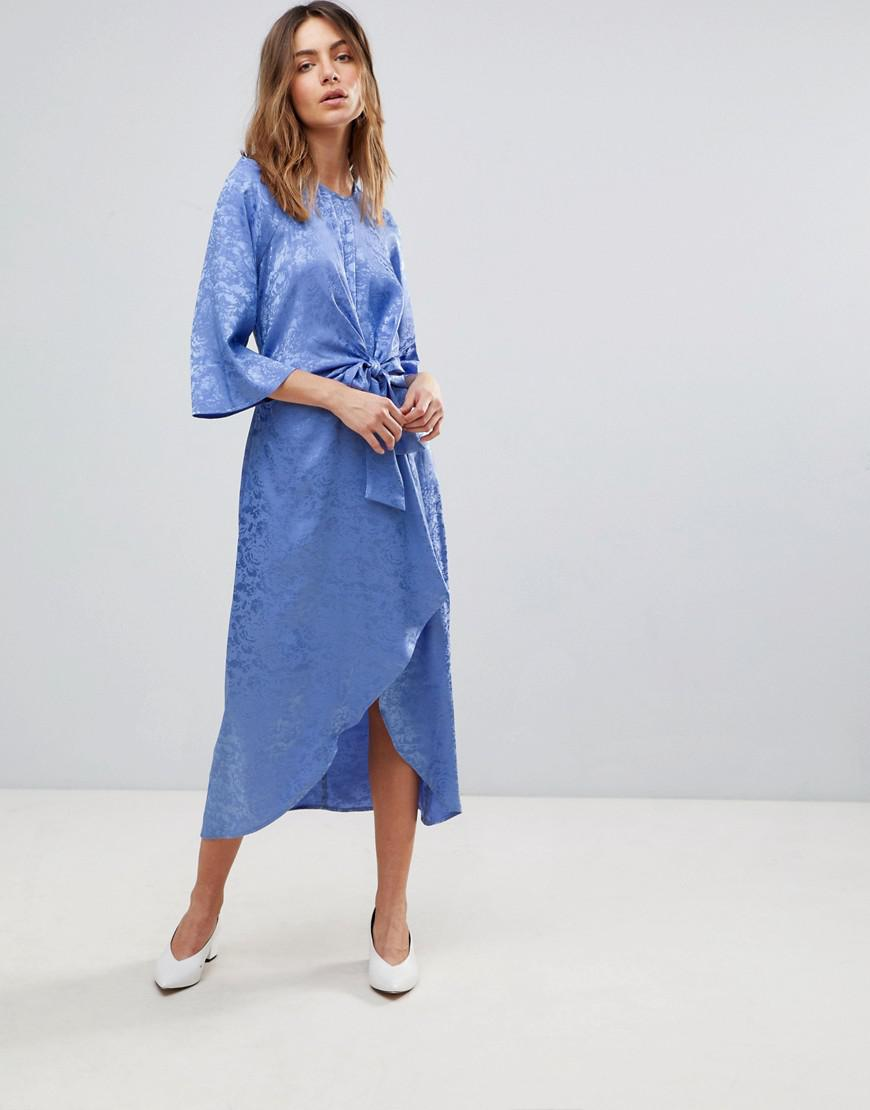 9ea458cbae8 Y.A.S Satin Midi Dress With Kimono Sleeve in Blue - Lyst