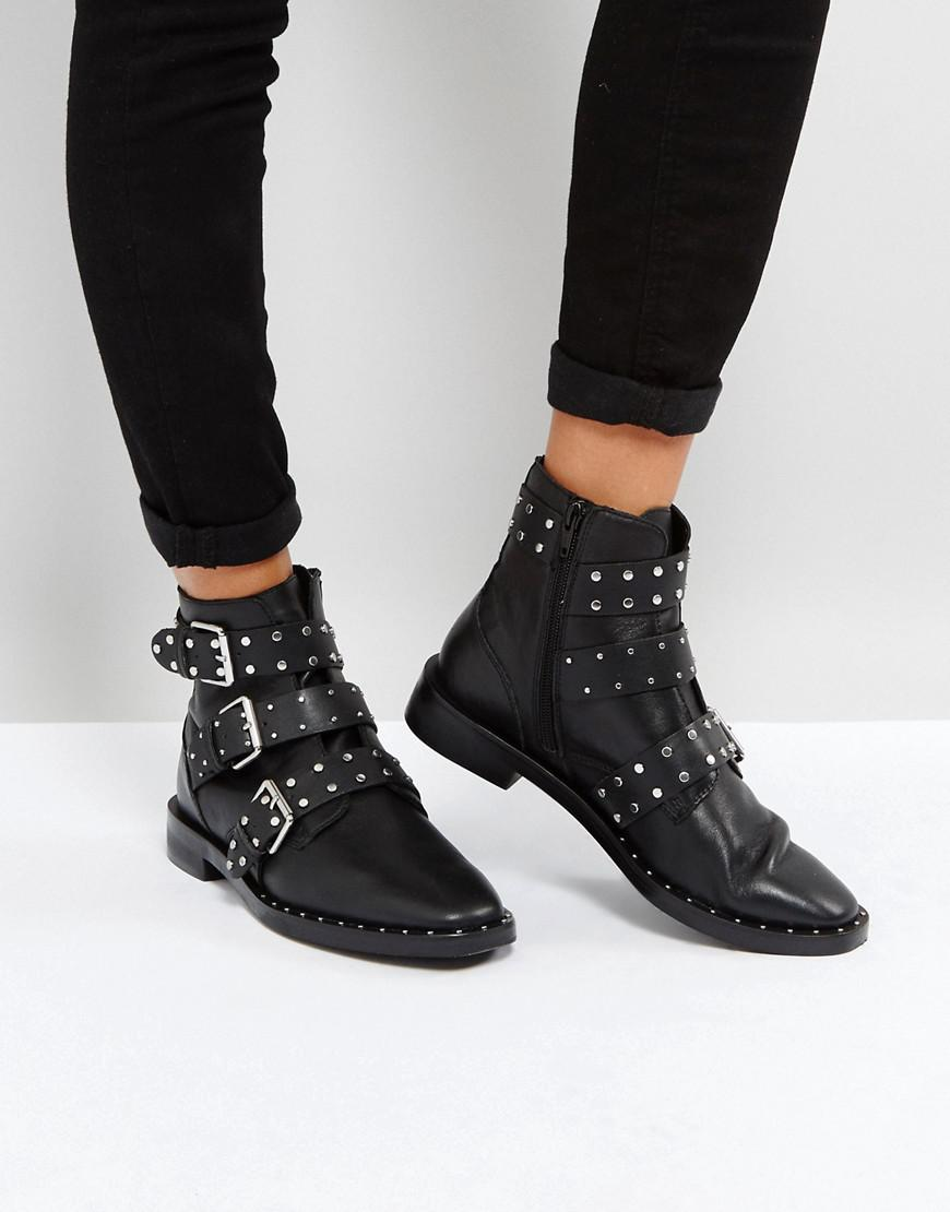 Stradivarius Multi Buckle Ankle Boots In Black Lyst