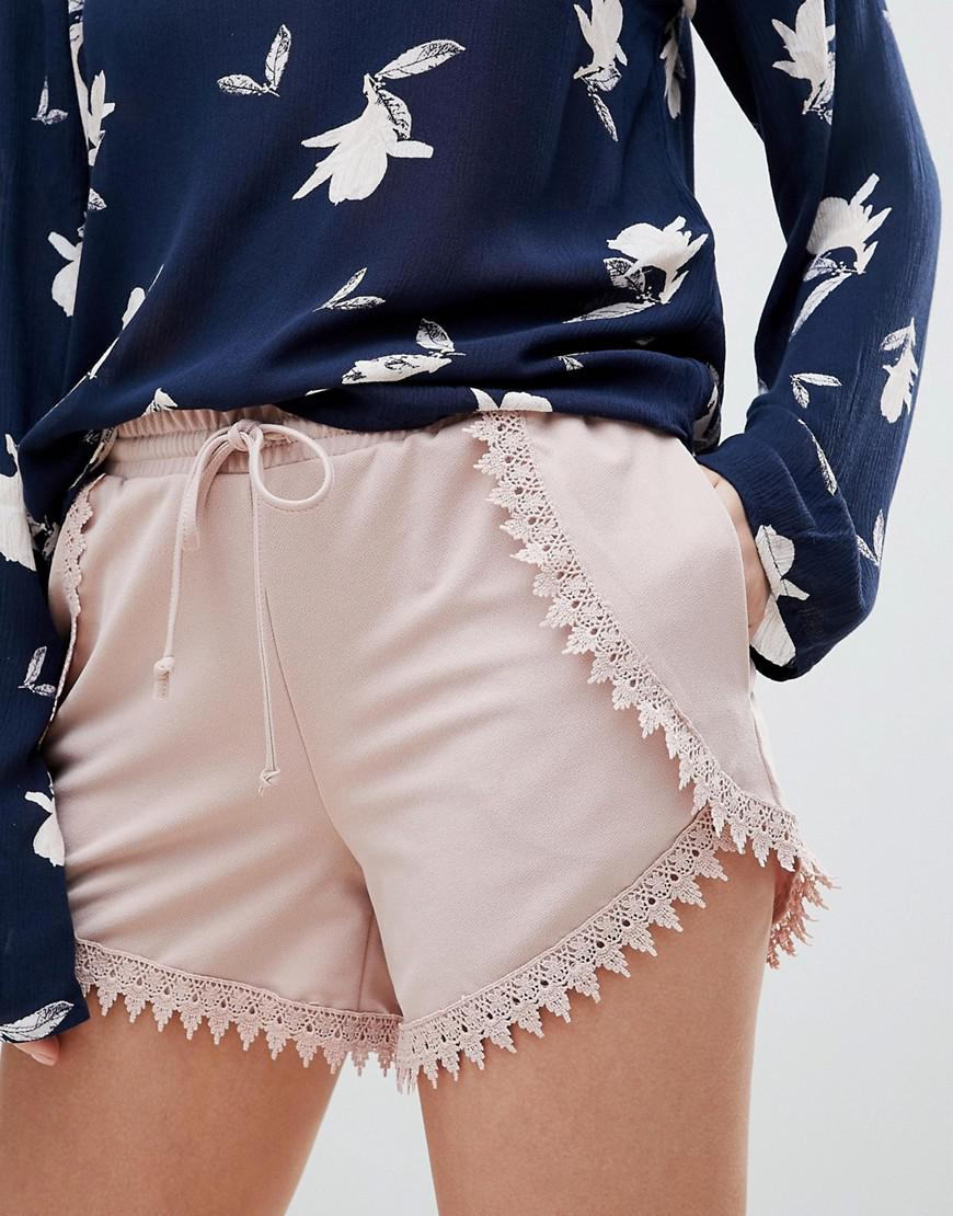 Lace Detail Short - Pink Vila iYMIo